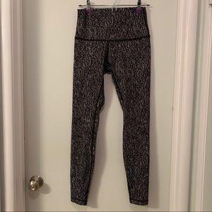 Lululemon leggings speckled black and white sz 8